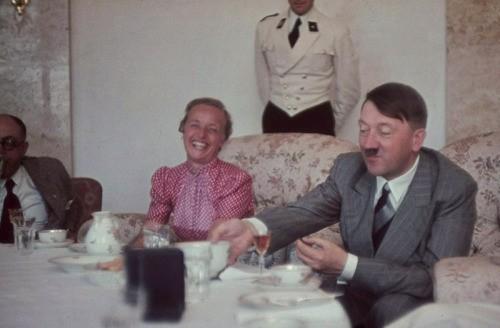 Adolf Hitler - Show 4