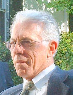 dr-kevin-macdonald